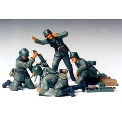 GERMAN INFANTRY MORTAR TEAM 1/35
