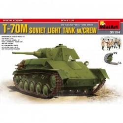 T-70M SOVIET TANK w/CREW 1/35