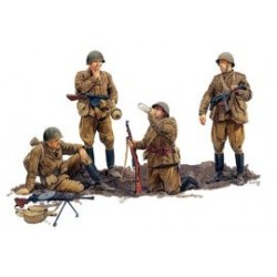 RUSSIAN INFANTRY 1/35