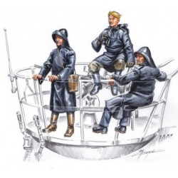 CMK U-VII crew on sentry (3 fig.) 1/72