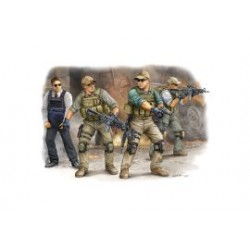 BLACKWATER OPERATORS SET2 1/35