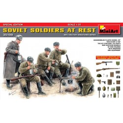 SOVIET SOLDIERS AT REST SPECIAL EDITION 1/35