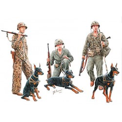DOGS IN SERVICE IN THE US MARINE CORPS WWII 1/35
