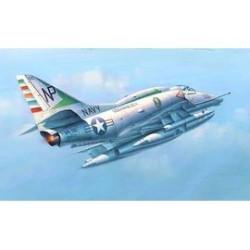 A-4E SKY HAWK 1/32