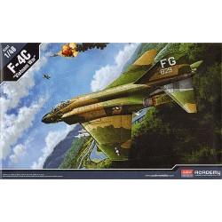 F-4C VIETNAM WAR 1/48