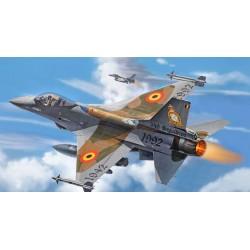 F16A FIGHTING FALCON 1/72