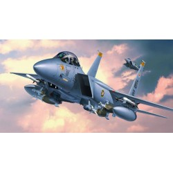 F-15 STRIKE EAGLE 1/48