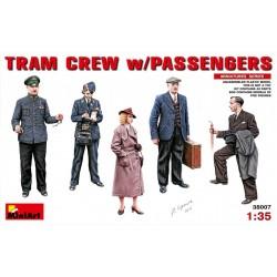 TRAM CREW w/PASSENGERS 1/35