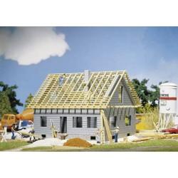 HO woonhuis in aanbouw 80x75x65mm