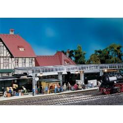HO stationsperron met kiosk 48x5,3x7,5cm