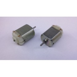 3  volt universele motor +/- 6Ktp/m as-2mm