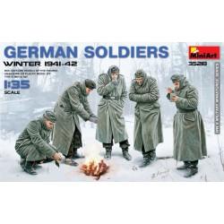 GERMAN SOLDIERS WINTER 1941-42 1/35