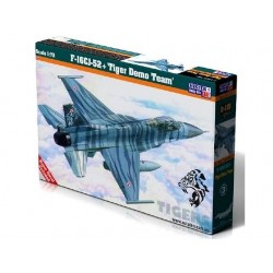 F-16CJ-52+ TIGER DEMO TEAM 1/72