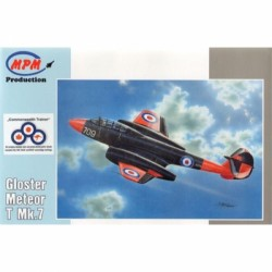 GLOSTER METEOR T MK.7 1/72