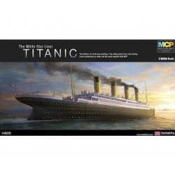 THE WHITE STAR LINER TITANIC 1/400