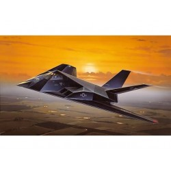 F-117A STEALTH NIGHTHAWK 1/72