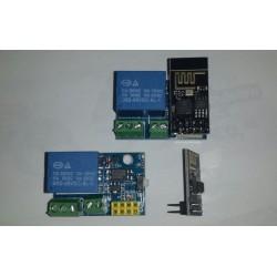 IOT board aan/uit relais 5V esp8266