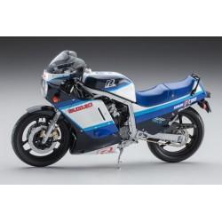 SUZUKI GSX-R750 1986 1/12