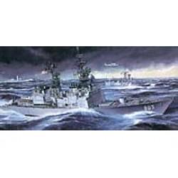 U.S.S. SPRUANCE  1/350